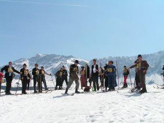 Kandahar -Skirennen mit Skichilbi